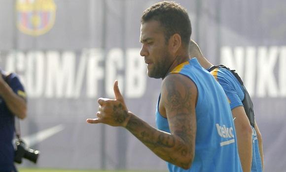 danialves-entrenamiento-barcelona-2015.jpg