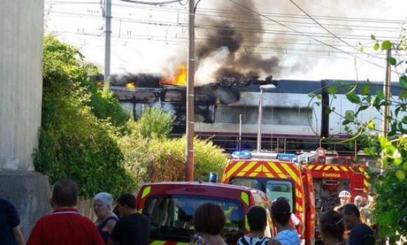Incendio en un AVE en Francia