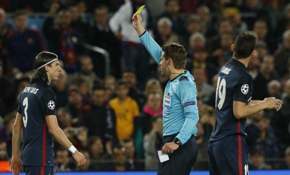 Filipe-Luis-2016-amarilla-Champions-CampNou-reuters.jpg