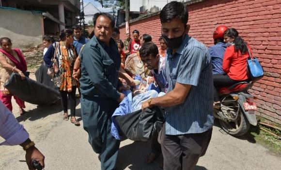 nepal-segundo-terremoto-afp.jpg - 640x450