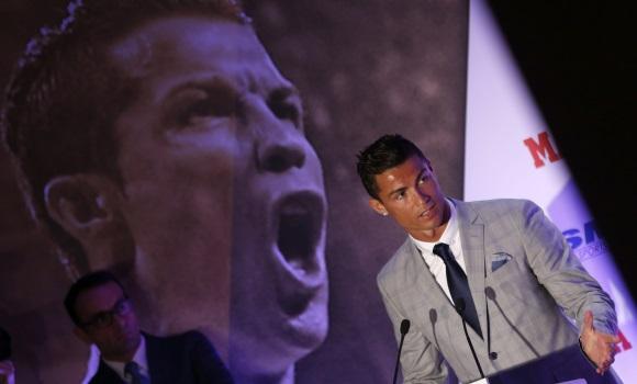 Cristiano recibe su Bota de Oro: Es un privilegio pero quiero la quinta y la sexta
