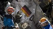 Avion-Germanwings-restos-2015-bandera-alemana-reuters.jpg