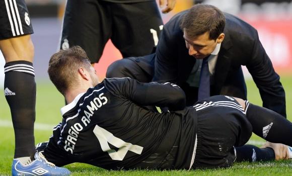 La recaída de Bale reabre la guerra entre vestuario y médicos del Real  Madrid a2d015f71607