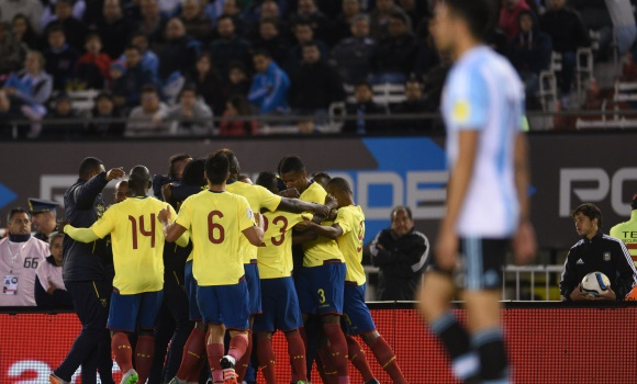 Ecuador humilla en Buenos Aires a una Argentina perdida sin Messi (0-2) -  EcoDiario.es