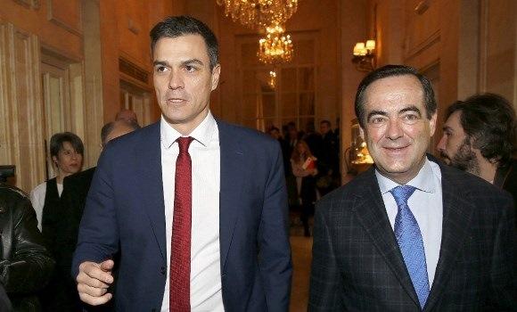 El mensaje de Bono a Pedro Sánchez: su PSOE pactaría con Cifuentes en Madrid