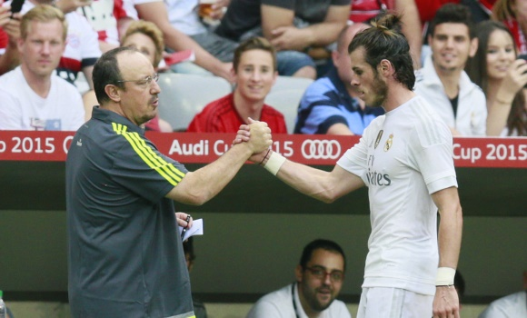 Benitez-saludo-Bale-2016-Reuters.jpg