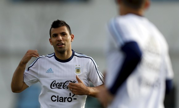 Aguero-Argentina-entreno-2015-reuters.jpg