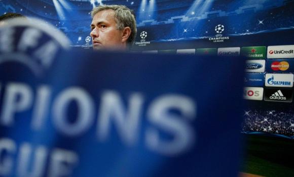 Mourinho-rp-2013-amsterdam-efe.jpg
