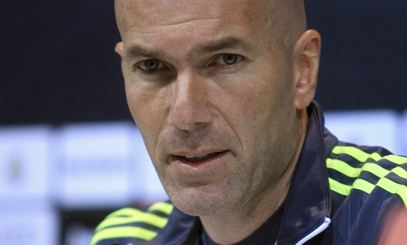 Zidane-serio-rp-2016-efe.jpg