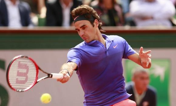Federer, a octavos tras batir a Dzumhur -