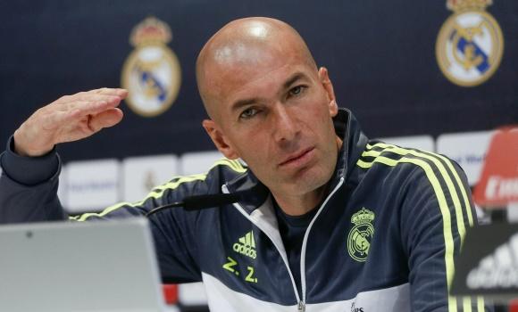 Zidane-gesto-RP-2016-efe-mano.jpg
