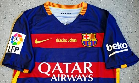 Así será la camiseta del Barça para el clásico  con Cruyff y sin escarapela 25aeb65b2ac58