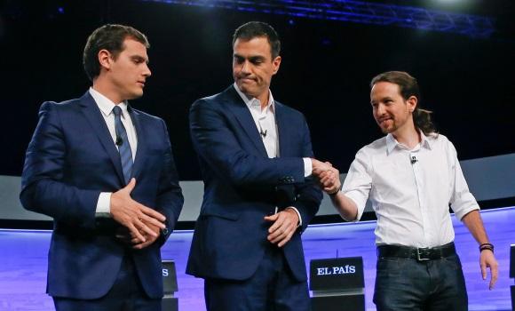 debate-elpais-candidatos-saludo2-efe.jpg