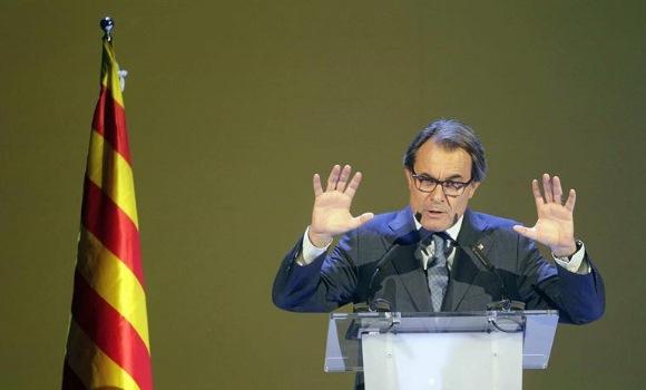 Las c�balas de Mas: o 'tamayazo' en el Parlament o elecciones en febrero
