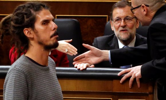 Rajoy-Congreso-rastas-13enero2016EFE.jpg
