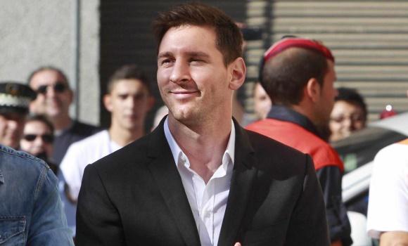 El juez abre juicio contra Messi y su padre por presunto fraude fiscal a Hacienda