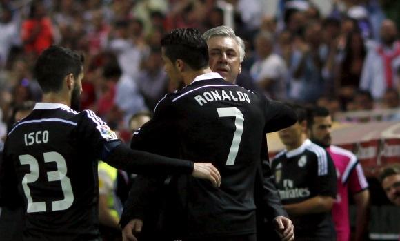 Los pesos pesados del Real Madrid escudan a Ancelotti contra el exterior -
