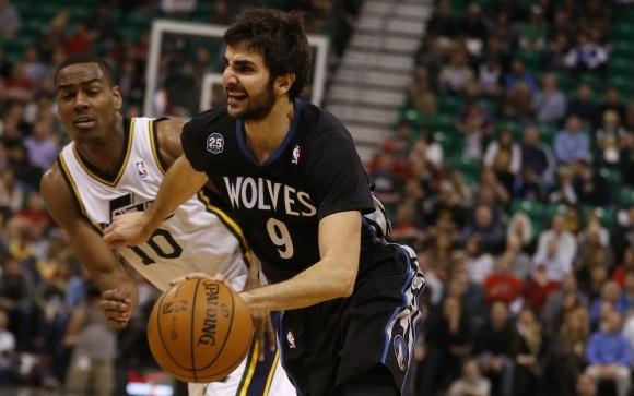 b3dfb3a6fe276 Ricky Rubio destaca en una buena noche para los españoles en la NBA