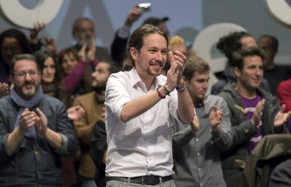 Podemos-Pablo-Iglesias-2015-aplauso-efe.jpg