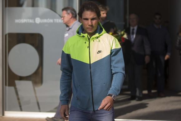 Nadal-salida-Hospital-2014-efe.jpg