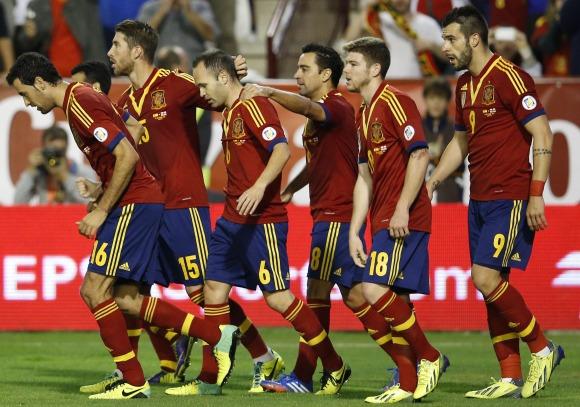 La UEFA prepara un Liga entre las selecciones europeas para acabar con los  amistosos 8802475363cdc