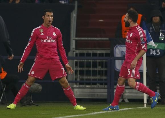 El Real Madrid y Cristiano Ronaldo encuentran el bálsamo ante el Schalke 04 056b498c0b4da