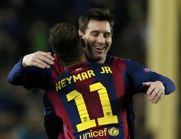 Un aficionado del Santos denuncia a Neymar por daños morales