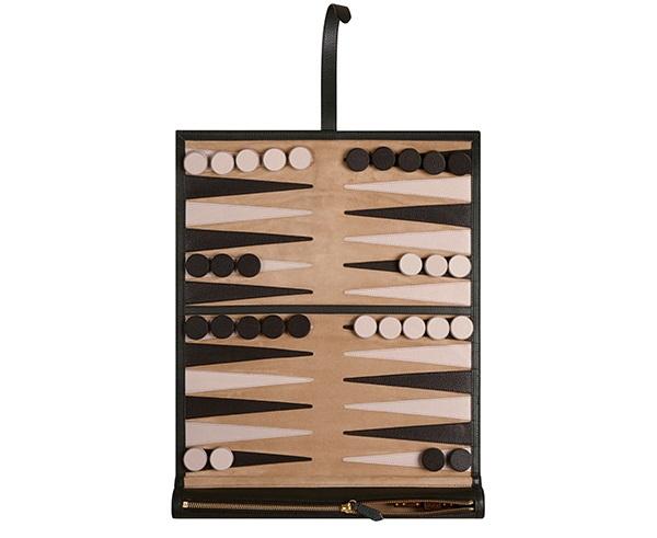 Burberry Y Su Iconico Backgammon De Piel Eleconomista Es