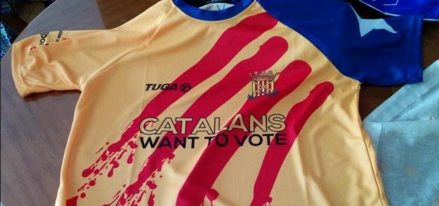 La selección de Cataluña de hockey luce una camiseta con el lema  Catalans  want to vote  en un torneo internacional 3fba67fa0f7c7
