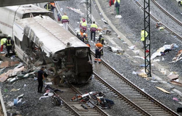 Tren-accidente-galicia-2013.jpg