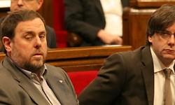 Puigdemont evita perder in extremis su primera votación sobre la paga extra de 2012