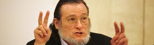 En la imagen, el economista Santiago <b>Niño Becerra</b>. Foto: Luis Moreno. - nino-becerra