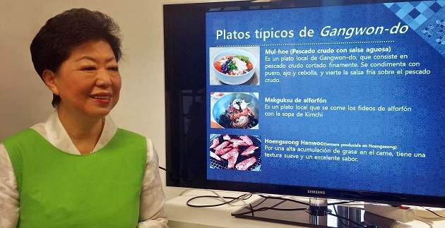 La-chef-coreana-Kim-Soo-jin-Noticias-elEco.jpg