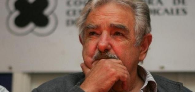 Mujica reconoce que no esta seguro de que la Ley sobre Control y Regulación de la Marihuana resulte