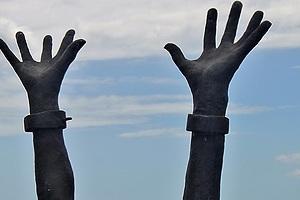 Esclavos un siglo después