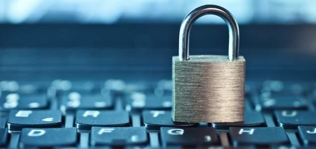 El empresario puede controlar el email privado del empleado