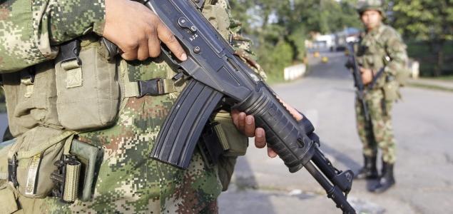 Grupos armados reclutaron 9.000 menores en Colombia
