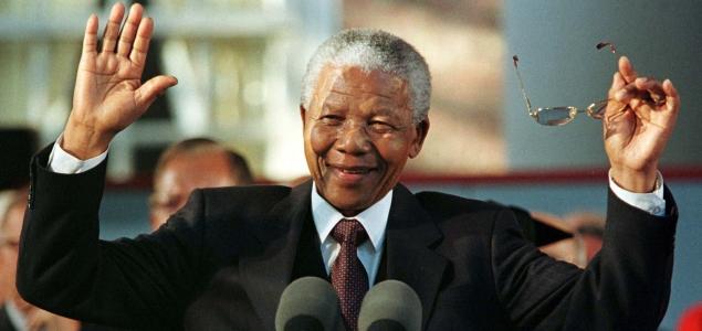 Las 10 Mejores Frases De Nelson Mandela Para Recordarlo En