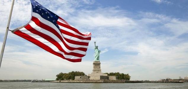 bandera-estados-unidos-EEUU-estatua-libertad-Reuters.jpg
