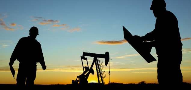 petroleo-trabajadores-silueta-GETTY-635.jpg