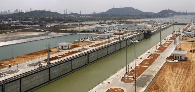 Un buque chino inaugurará el 26 de junio el Canal de Panamá tras su ampliación
