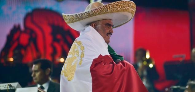 Así fue la despedida de Vicente Fernández en el Estadio Azteca ... e9c0dcaab29