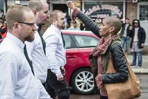Una mujer negra contra 300 nazis