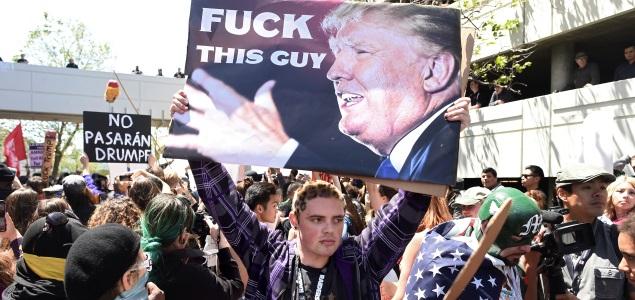 manifestantes-trump-california-efe-635x300.jpg