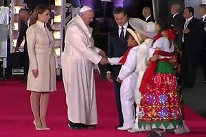 La millonaria visita del Papa
