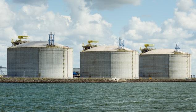 No hay espacio para tanto petróleo: la razón que podría hundir más los precios