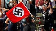 manifestantes nazis