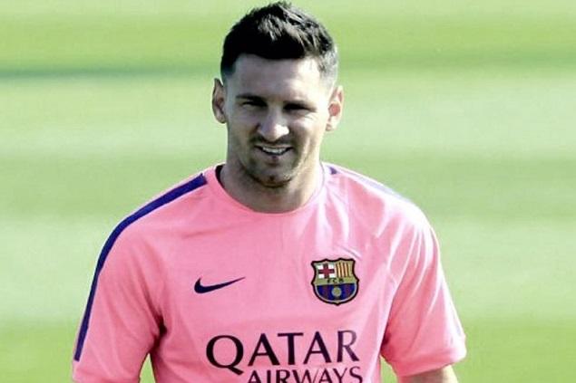 El llamativo nuevo 'look' de Lionel Messi al reincorporarse al FC ...