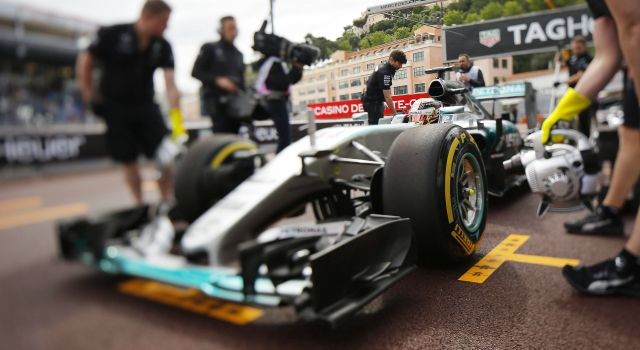 Los Toro Rosso de Carlos Sainz dan la sorpresa en los libres 1 del GP de Mónaco - 625x250