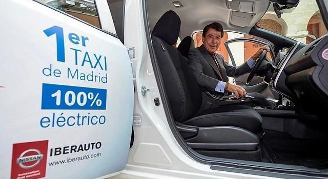taxi_electrico_gonzalez_efe.jpg